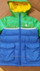 Курточка зимняя Adidas  в отличном состоянии