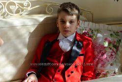 Нарядные костюмы с фраком для мальчиков