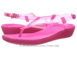 Сандалии Crocs Women&acutes Really Sexi T-Strap Sandal