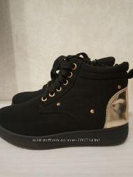 Ботинки по стельки 23 см