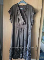 Нарядное шелковое платье BGN