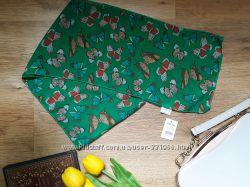 Зелёный шарфик с бабочками
