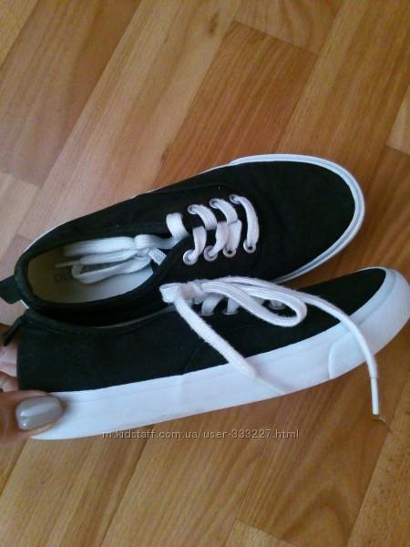 Взуття із США