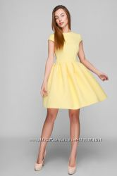 Милое кукольное платье с юбкой колокольчик и открытой спиной