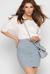 Короткая джинсовая юбка для вашего яркого лета