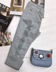 Трендовые женские рваные джинсы с защипами, Италия