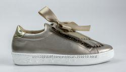 Гламурные слипоны из золотистой кожи UNCOME, Польша