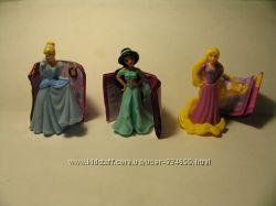 Продам игрушки киндер принцессы