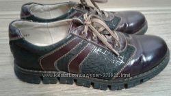 Кожаные туфли на девочку 35 размер