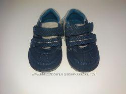 Новые кроссовочки из Англии для малыша