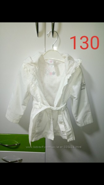 Курточки на девочку C&A