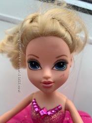 Кукла Moxie Пенная вечеринка