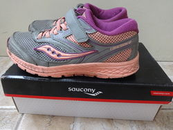 Продам кроссовки Saucony 35р. -22.2 см стелька.
