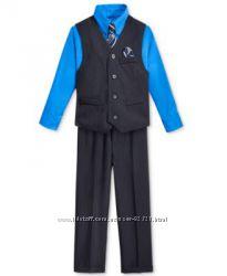 Новый костюм Nautica США в размере 5 Regular