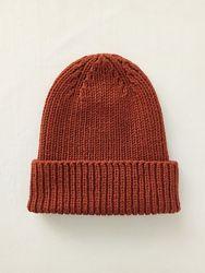 Популярная вязаная шапочка из итальянского мерноса