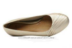 Классные туфли балетки Clarks СОСТОЯНИЕ новых, стелька 25. 5