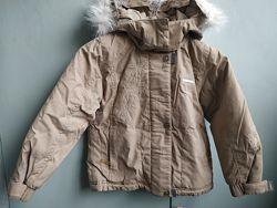 Красивая зимняя курточка Reima. Флиска в подарок.
