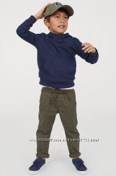 Стильные легкие брюки на мальчика H&M хлопок