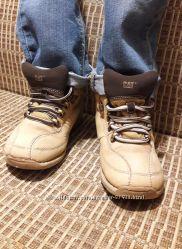 Ботинки демисезонные кожа CAT 30р. , 18. 5 см.