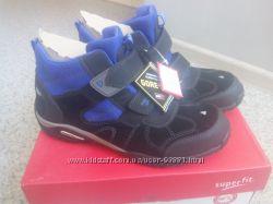 Новые ботинки SuperFit Gore-Tex, размер 42, пролёт