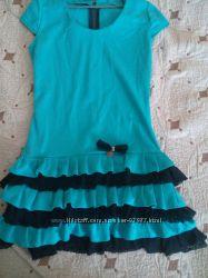 Нарядное платье р. 40