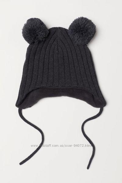 H&M Классная шапочка на завязках и флиссовой подкладке размер 74 в наличии