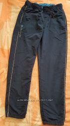 Спортивные штаны плащевка бу синие р. 158