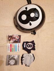 Продам фирменный бу шлем черный с белым р. 53-56см и перчатки р. М. Kiddi M