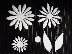 Висічки для скрапбукінгу квітка з листочками
