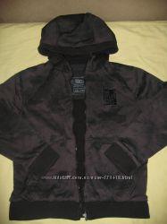 демисезонная курточка  на 11-12 лет