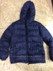 Демисезонная курточка на мальчишку