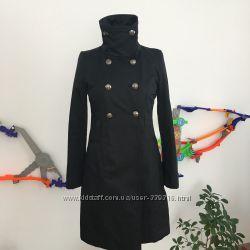 Пальто Guess размер S-M из США