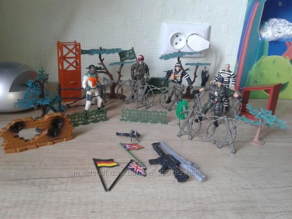 Военный набор с солдатиками Chap Mei