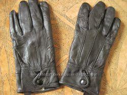Разные перчатки, кожа. S, M, Lр. vero pelle