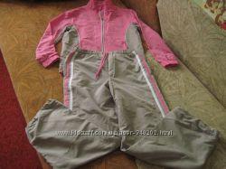 Фирменный спортивный костюм 134-140р.