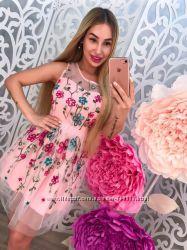 Шифоновое платье с вышивкой