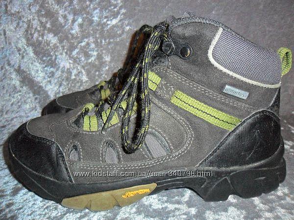 Замшевые деми термо  ботинки  EVEREST р. 31 и р. 35 Watertex