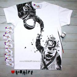 Крутая футболочка космонавт и водолаз ручная роспись