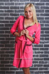 Женственные велюровые халатики с кружевом