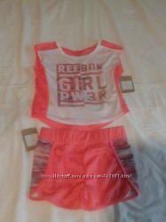 Детский костюмчик на девочку фирмы Reebok