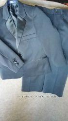 Классический костюм для мальчика на 5 лет 110см  DUCK&DODGE