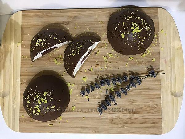 Десерт шоколадно-зефірний з мармеладом
