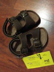Распродажа. Новые кожаные босоножки мальчику, р. 21, Испания