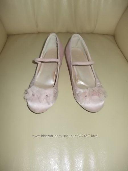 Туфельки Monsoon UK12, EUR30 на выпускной бал