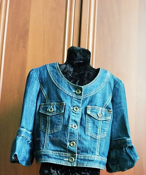 Джинсовая куртка, М-ка, оригіналний фасон