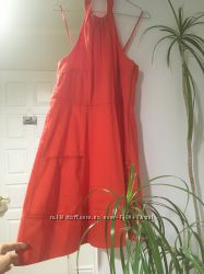 Новое красивенное стильное с карманами платье Jessica Simpson