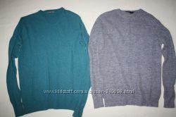 Фирменные свитера состояние новых