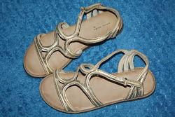 Босоножки-сандалии Zara