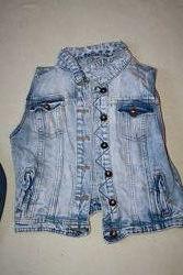 Джинсовый пиджак H&M и жилетка Деним
