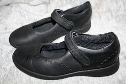 Туфельки Clarks отличное состояние
